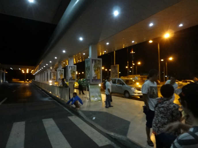 후에 공항 택시 정류장